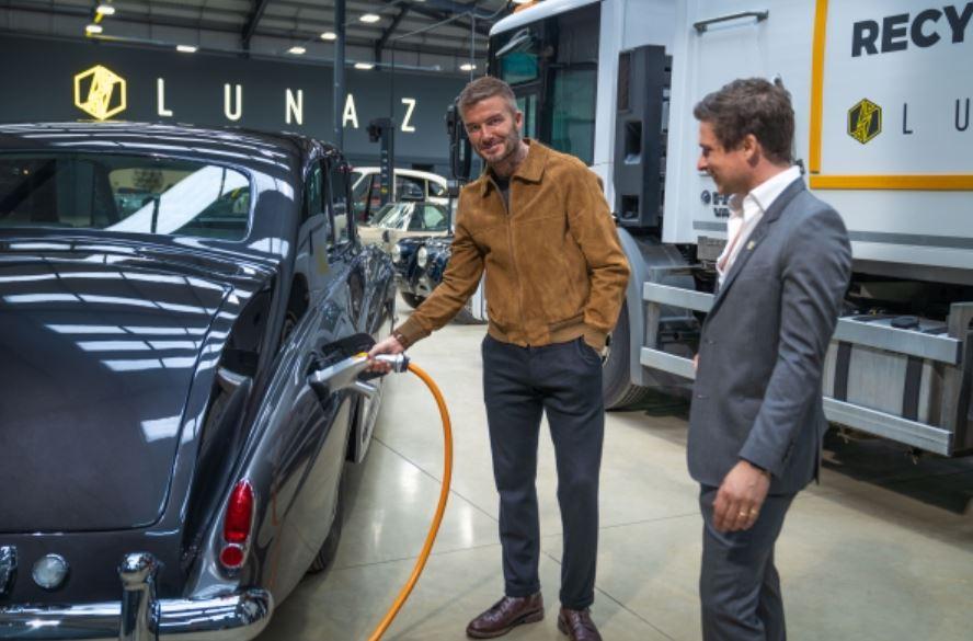 David Beckham Lunaz