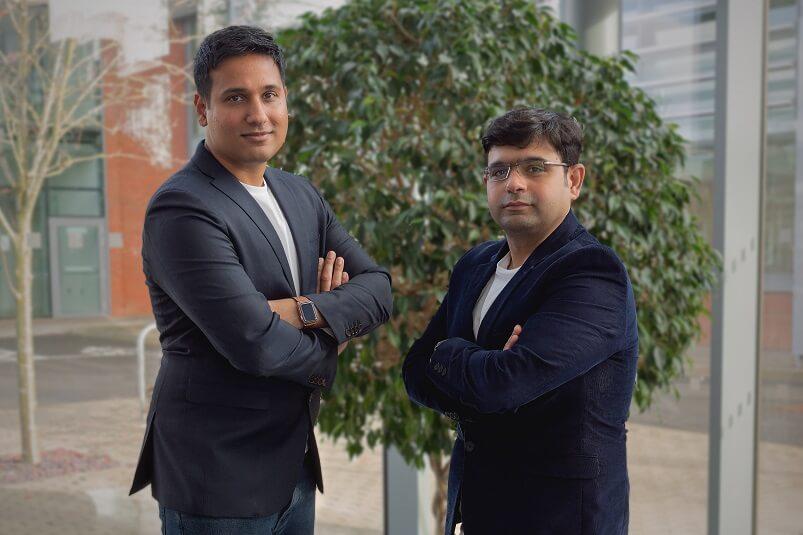 Shabbir Mookhtiar (L) and Dinesh Patil (R)